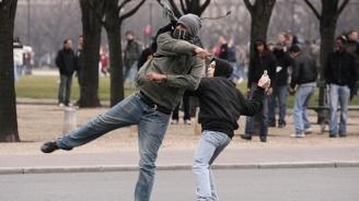 Жесток побой на тийнейджър потресе Франция