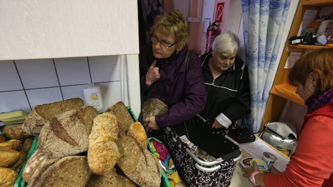 Възрастни и хора с ниски доходи от Трявна ще получават топъл обяд до края на април