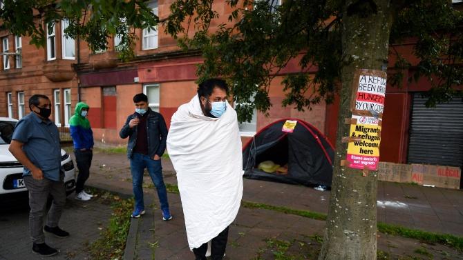 Репортерка, придружавала евродепутати, опитала да прехвърли мигранти в Хърватия