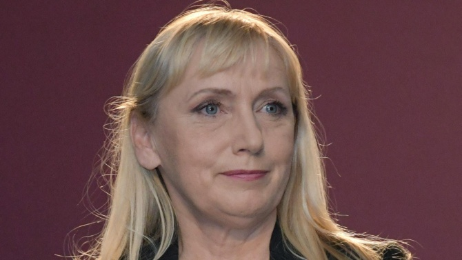 Йончева: Защо БСП мълчи за кандидатурата на Румен Радев?