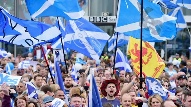 Шотландия ще обеднее, ако напусне Обединеното кралство, смятат експерти