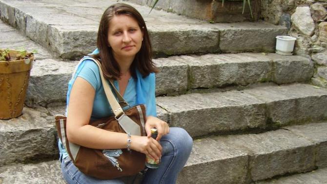 Пращат Кристина, която уби децата си в Сандански, в психиатрия в Ловеч