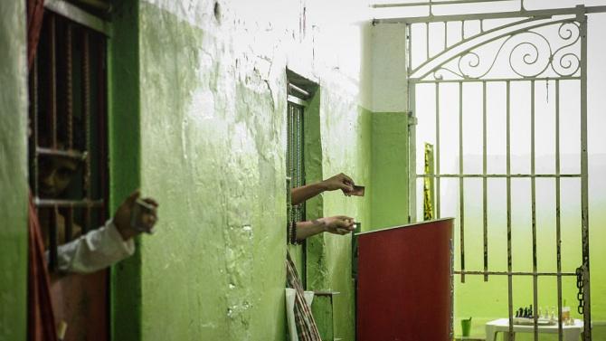 Затвор за поляк заради антисемитски надписи