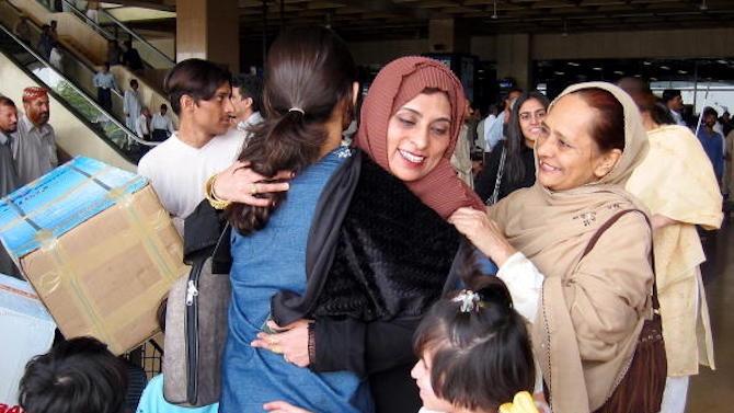 Кувейт преустановява за две седмици достъпа на хора, които не са граждани на страната