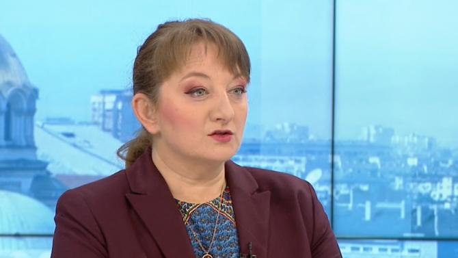 Сачева: Решенията за отваряне и затваряне на държавата не са политически, а здравни