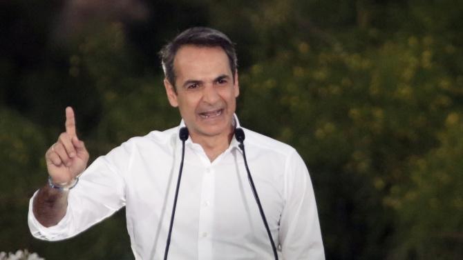 Гръцкият премиер очаква възстановяване на туризма