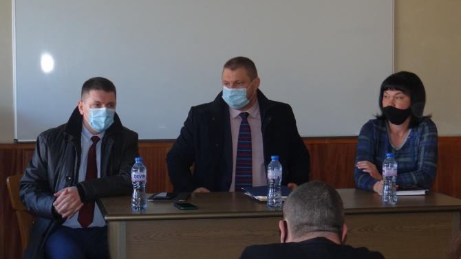 Министър Терзийски се срещна и разговаря със служителите на районни управления в Софийска област