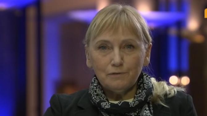 Елена Йончева: Има договорка между Борисов и Нинова