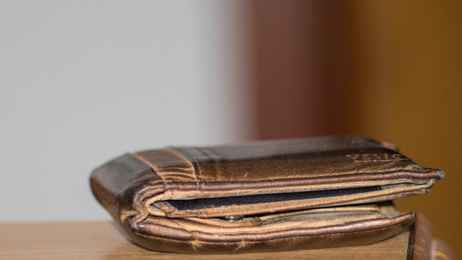 Върнаха портфейл, загубен на Антарктида преди 53 г., на собственика му