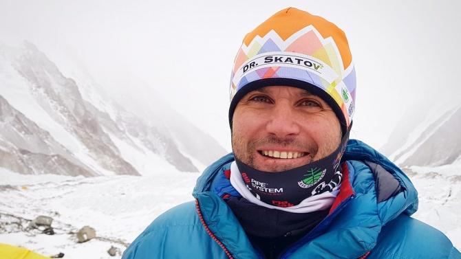 Алпинист разкри има ли шанс Скатов да е оцелял на К2