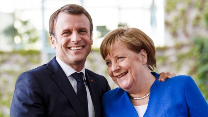 Макрон и Меркел защитиха ваксинационната стратегия на ЕК