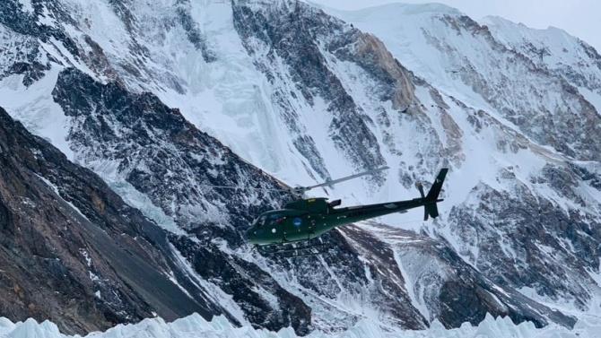 Отново спасителна акция под връх К2, трима са в неизвестност