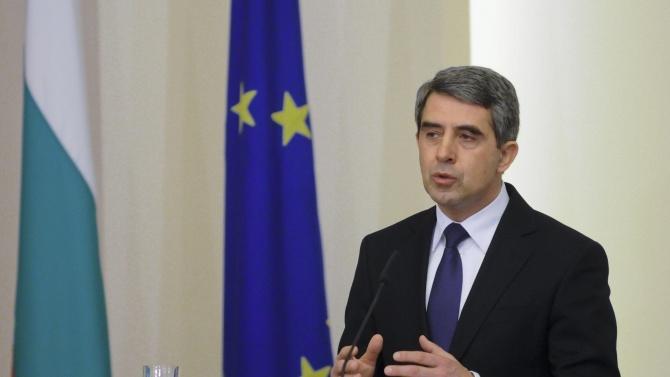 Плевнелиев: Президентът е популист