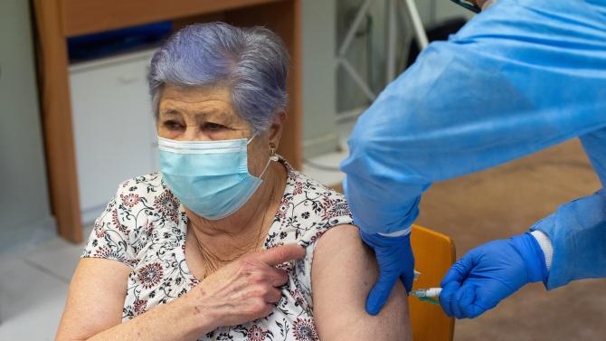 С пристигането на новата векторна ваксина, личните лекари не са