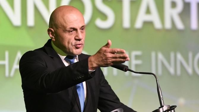 Томислав  Дончев: Не са водени предизборни преговори с ДБ