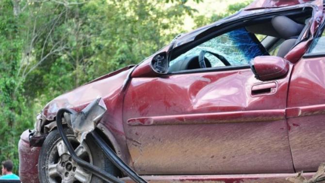 32-годишна се напи, седна зад волана и катастрофира