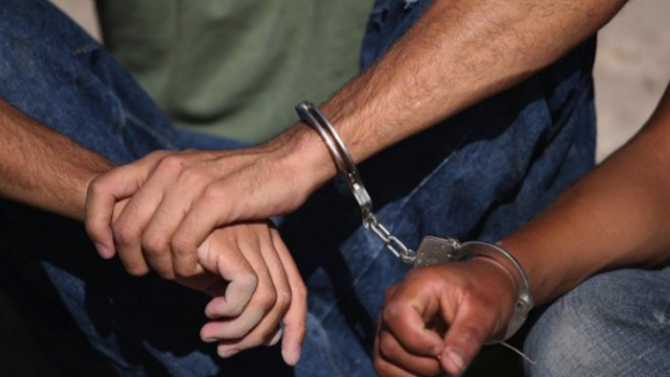 Спипаха двама турци за опит за незаконно преминаване и превеждане през българската граница