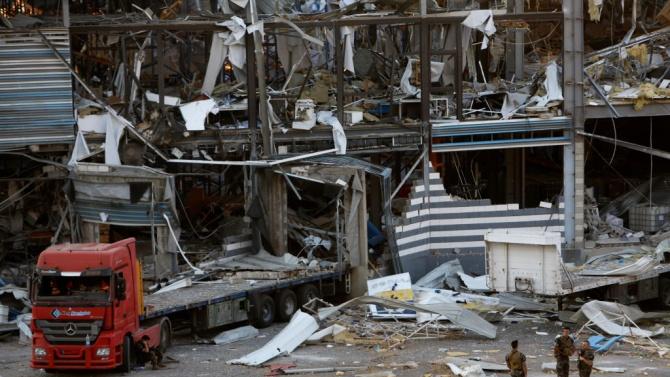 Германска фирма завършва разчистването на опасни материали след експлозията в пристанището на Бейрут