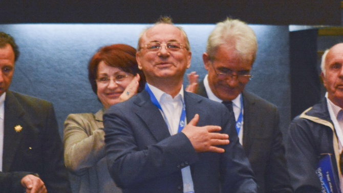 ДПС издигат Ахмед Доган за кандидат-депутат