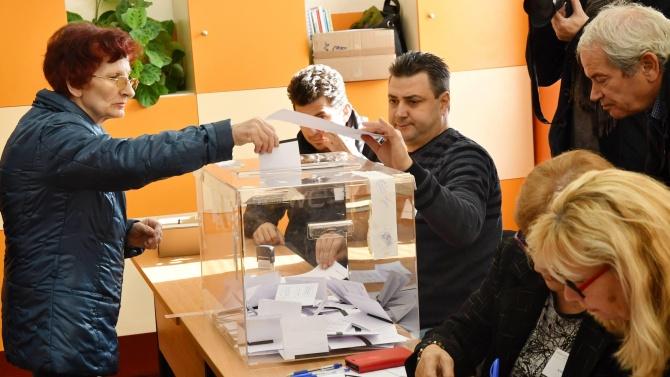 На изборите гласуваме с маски и може би с ръкавици