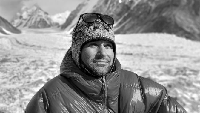 Атанас Скатов е падал 1800 метра