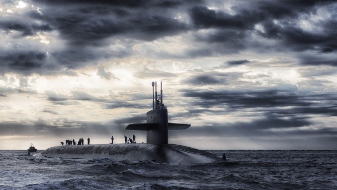 Френска ядрена подводница се върна от поход в Южнокитайско море