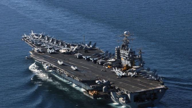 Два бойни кораба на САЩ преминаха през Босфора тази сутрин