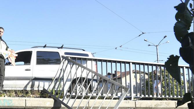 """Няма опасност за стабилността на мостовите съоръжения на АМ """"Струма"""" в района на Мало Бучино"""