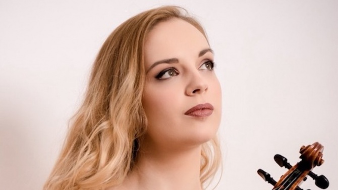 Цигуларката Зорница Иларионова с първа награда от Санкт Петербург