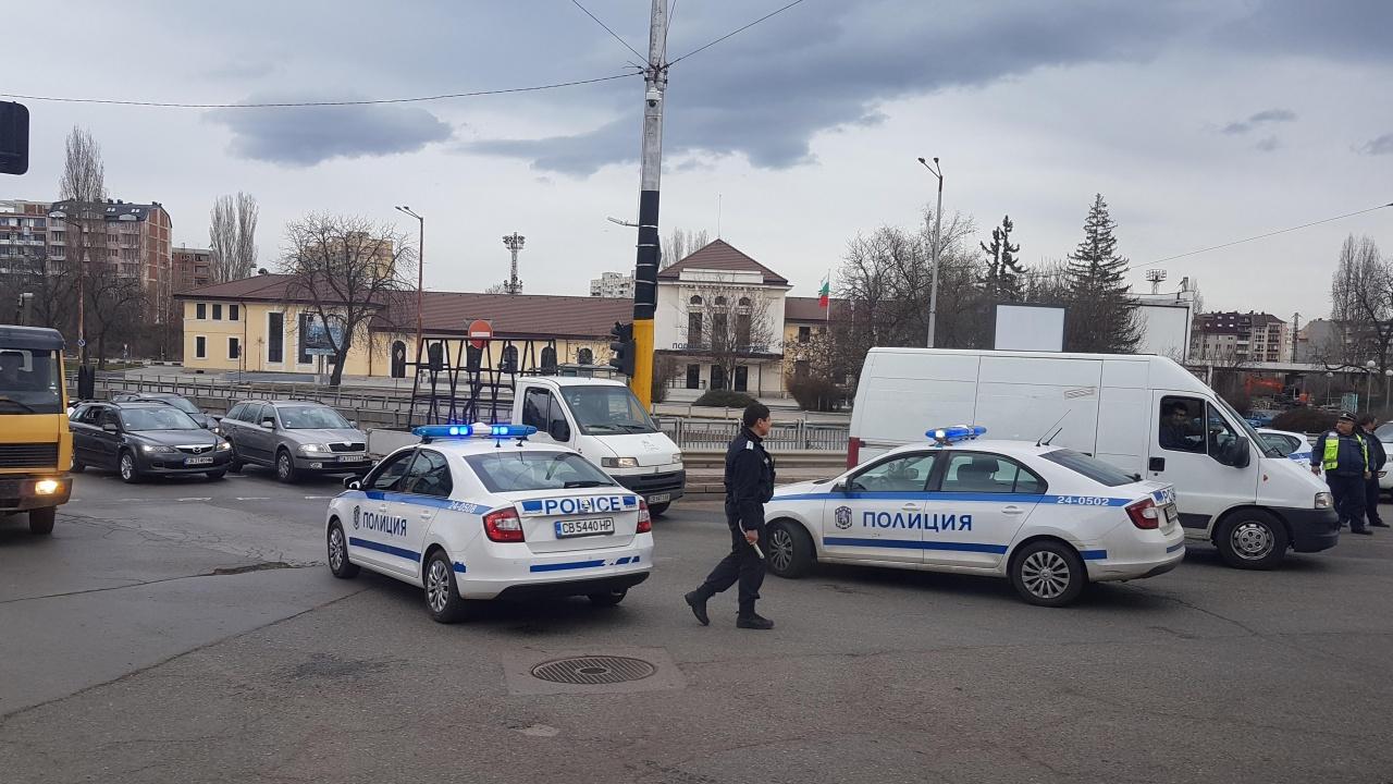 "Eдрогабаритна кола на ""Софийска вода"" е участвала в катастрофата на бул. ""Ситняково"""