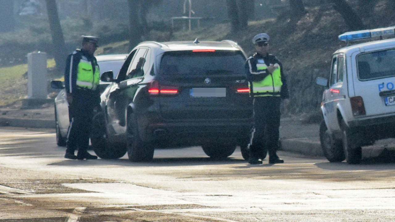Пътна полиция хванала 92-ма пияни и 39 дрогирани шофьори
