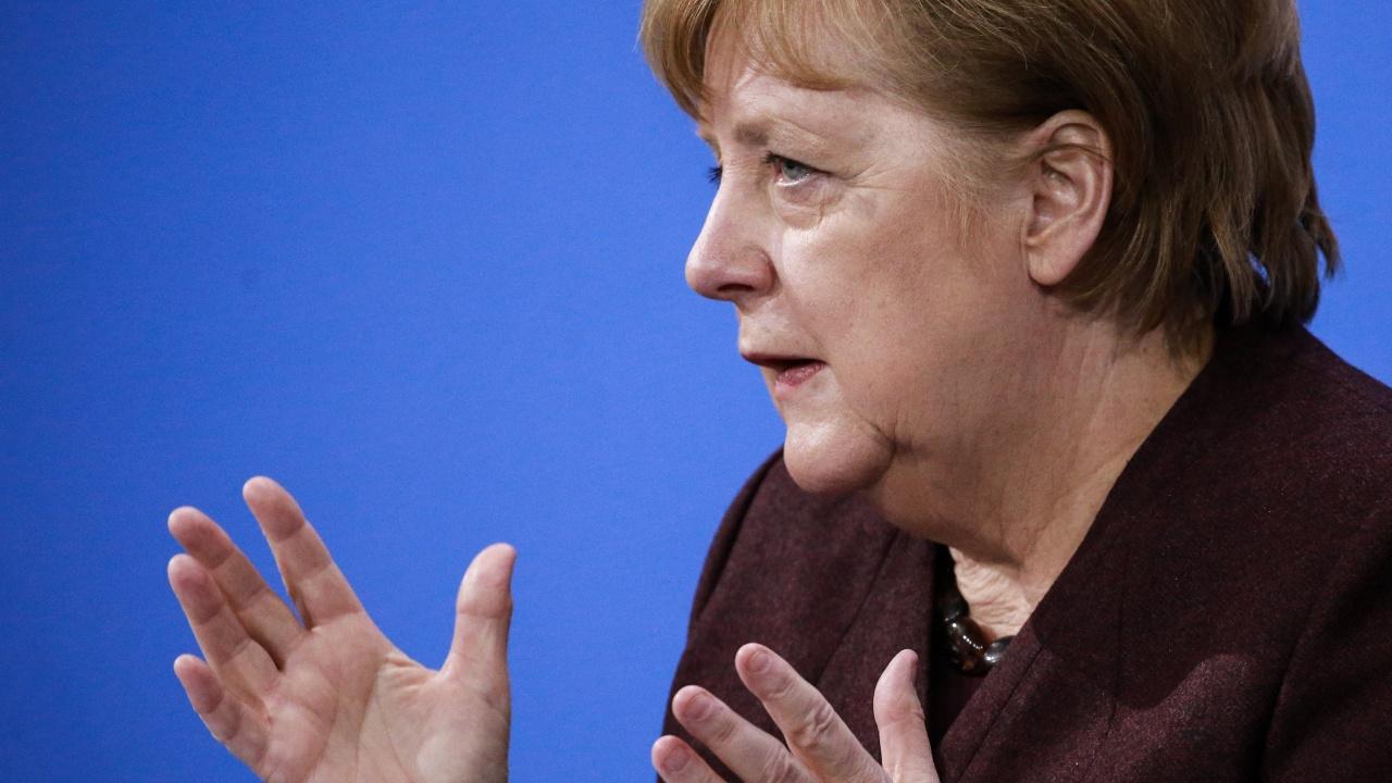 Меркел: Ваксинационните центрове в Германия ще заработят с пълен капацитет до април