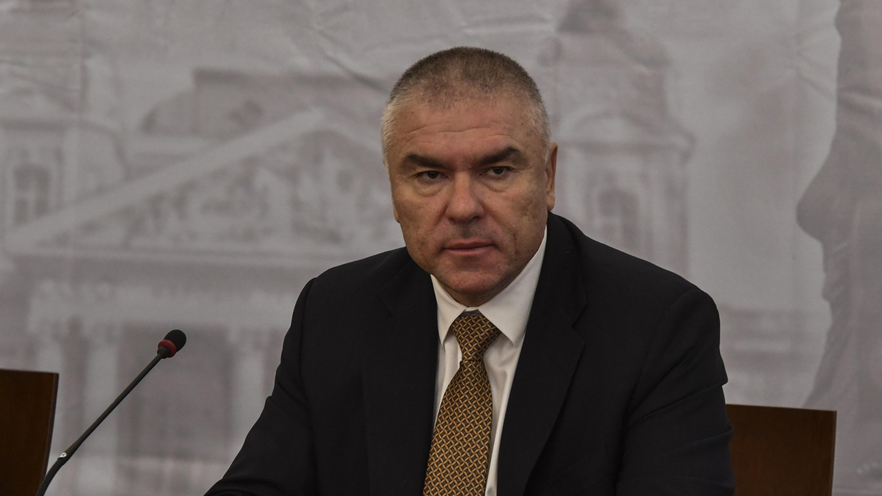 """Марешки с остър коментар за партньорство между БСП и """"Демократична България"""""""