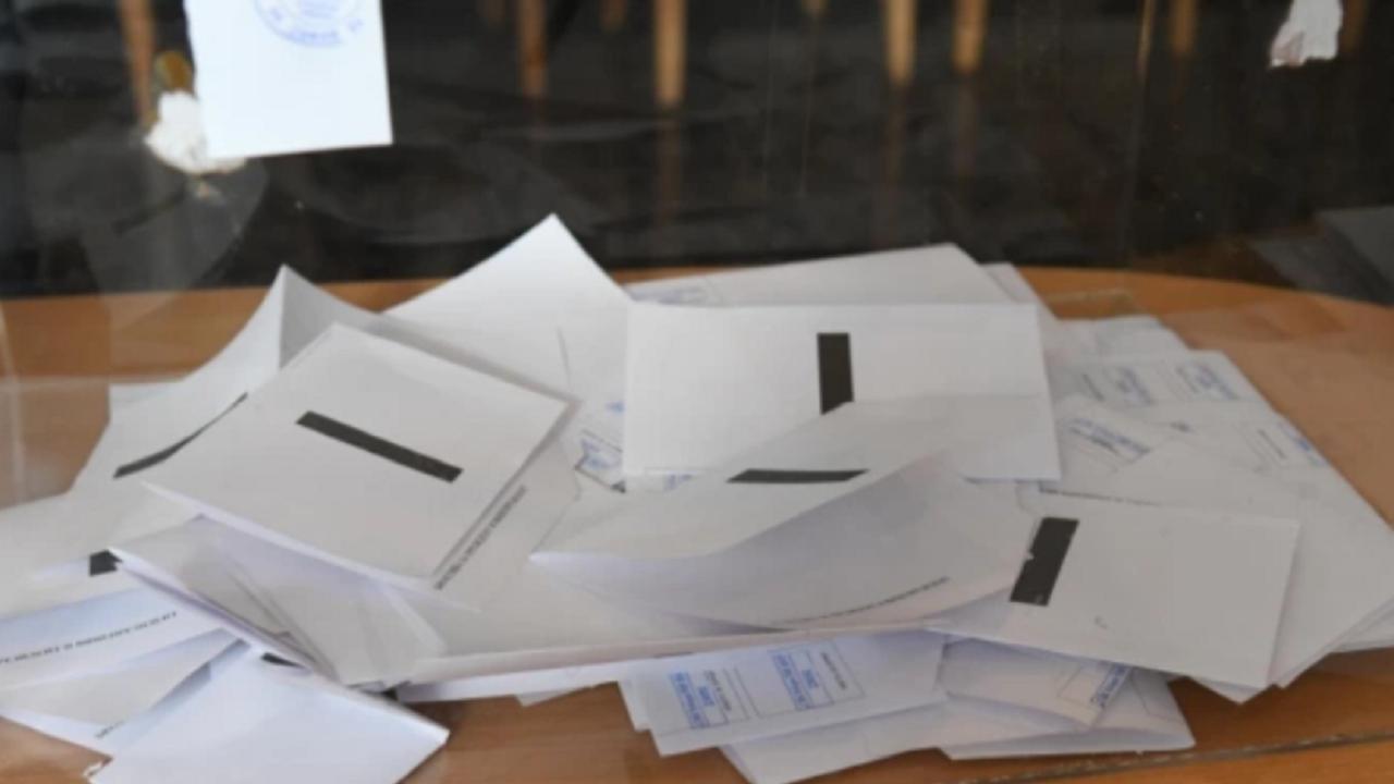РИК във Велико Търново иска по-ранни консултации за съставите на секционните комисии
