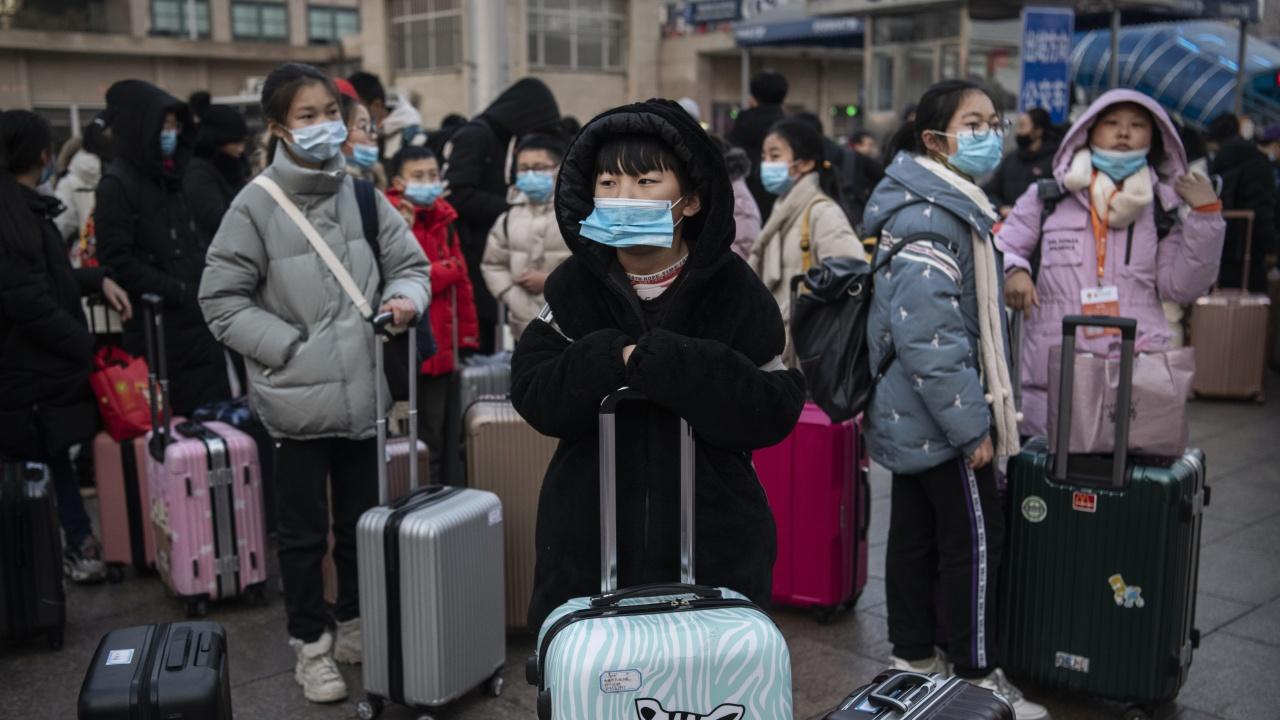 Пътуванията с влак в Китай по празниците са намалели със 70%