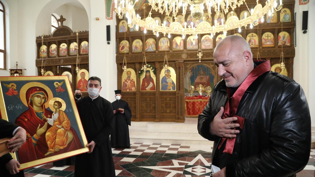 """Борисов отиде на освещаването на храма """"Св. Прокопий Варненски"""" във Варна"""