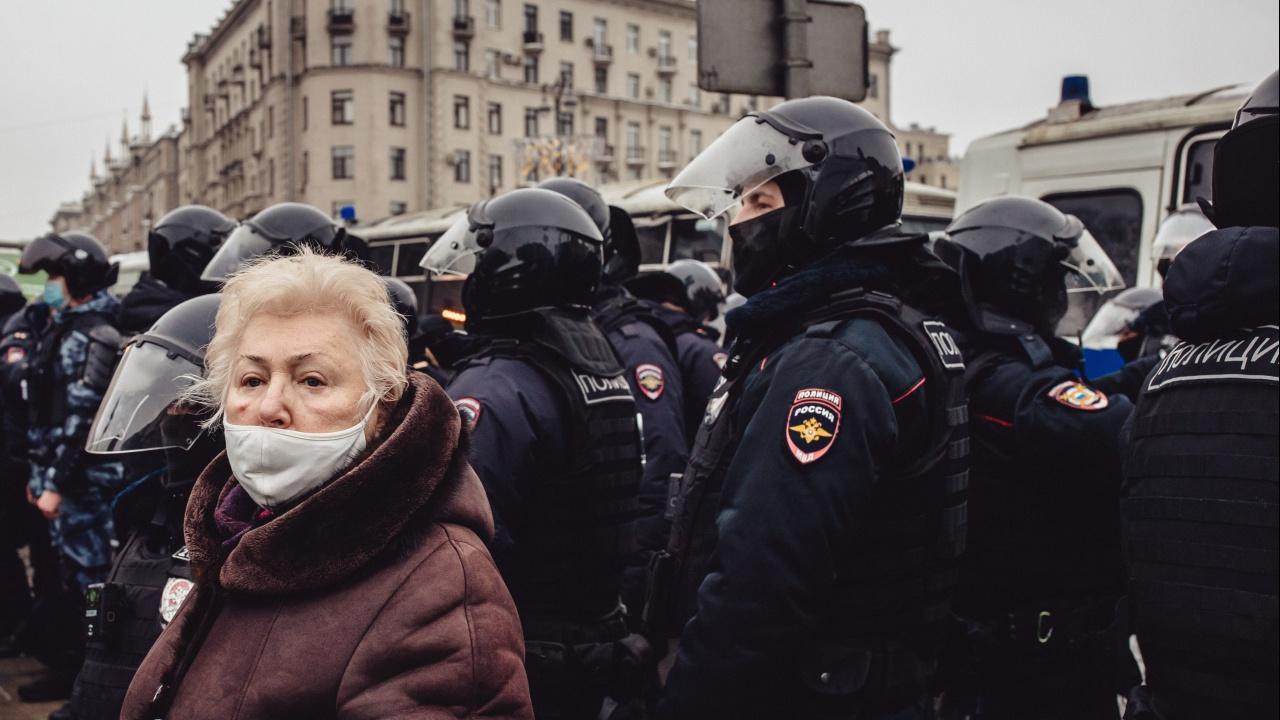 Медия: Протестите в Русия се вдъхновиха от Беларус