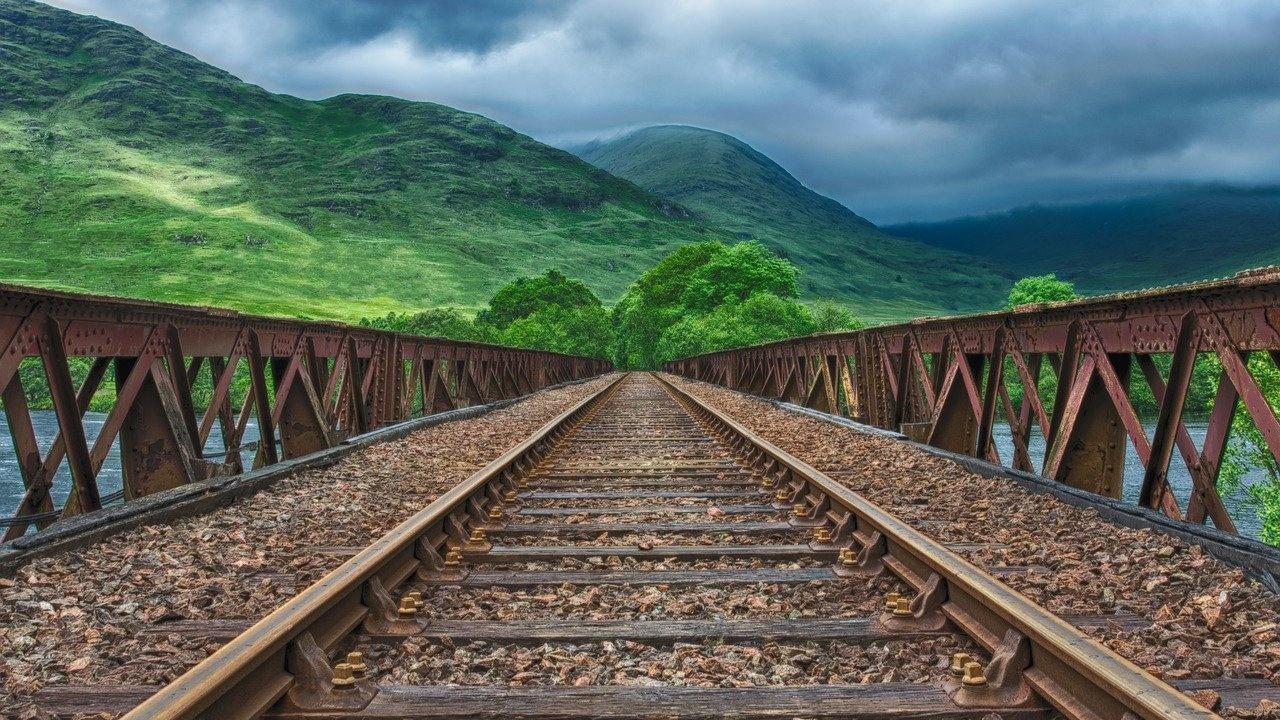 Британските железници обсъждат изграждане на тунел между Шотландия и Северена Ирландия