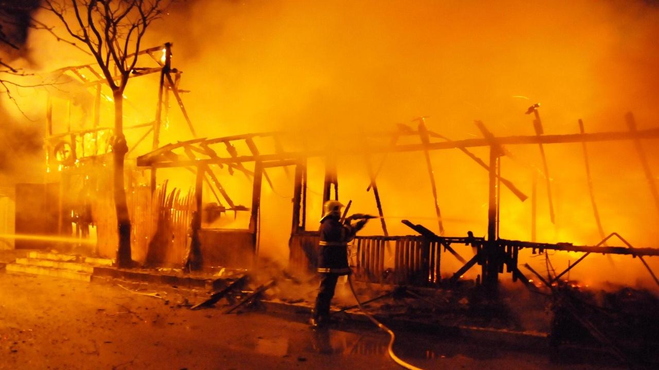 Къща на британка в поповското село Водица изгоря