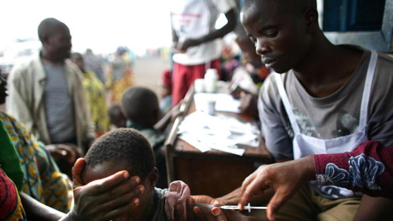 Ваксинационна кампания срещу ебола започва в ДР Конго