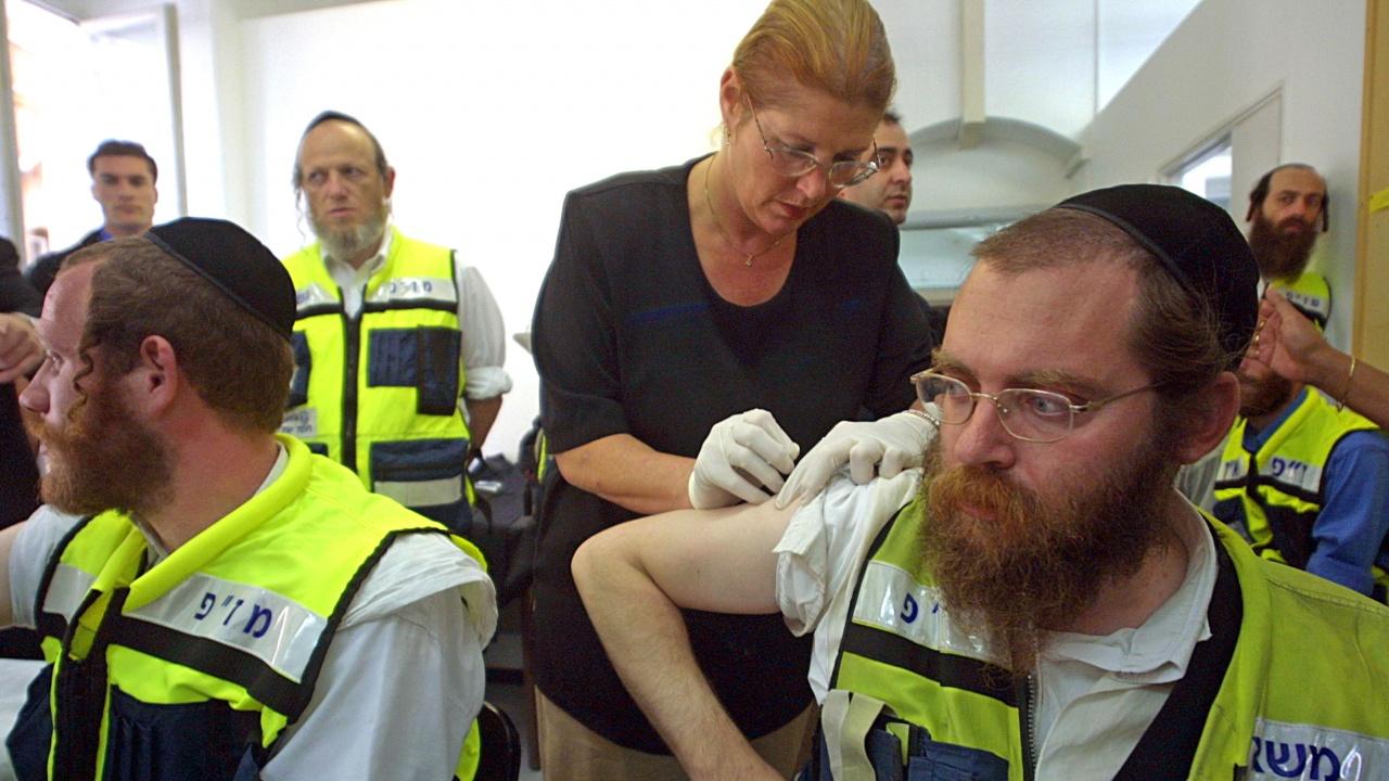 Властите на Тел Авив предлагат безплатна храна като стимул за ваксиниране срещу COVID-19