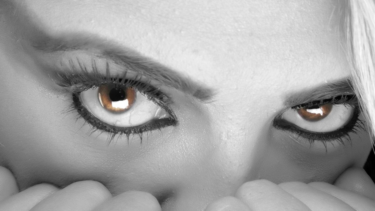 Продължителният стрес е вреден за очите