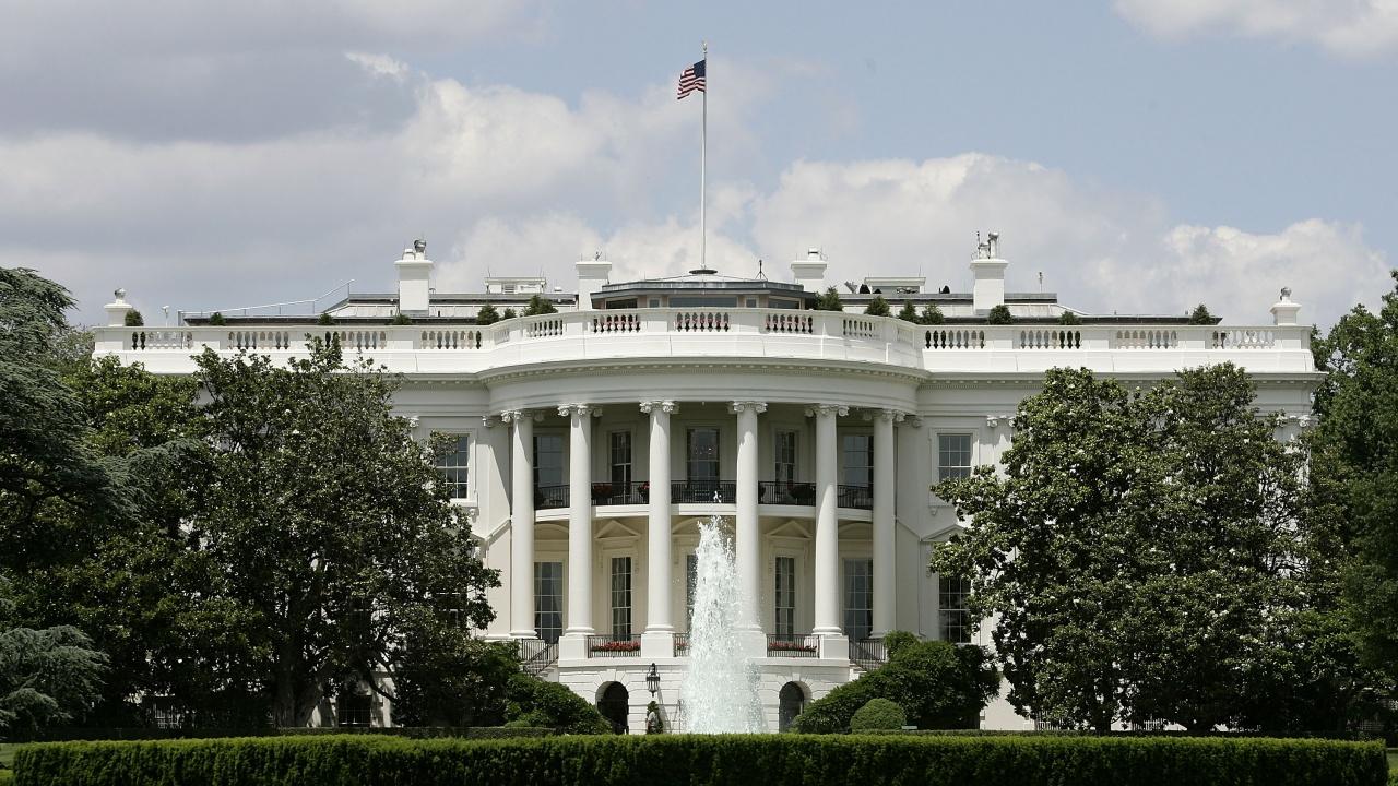 """Белият дом прави преглед на политиката си относно """"Северен поток 2"""""""