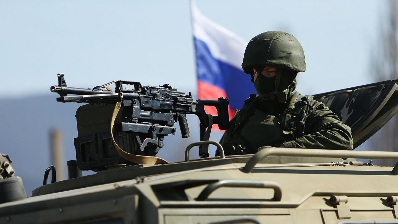 Руски военни напускат летище в Сирия?
