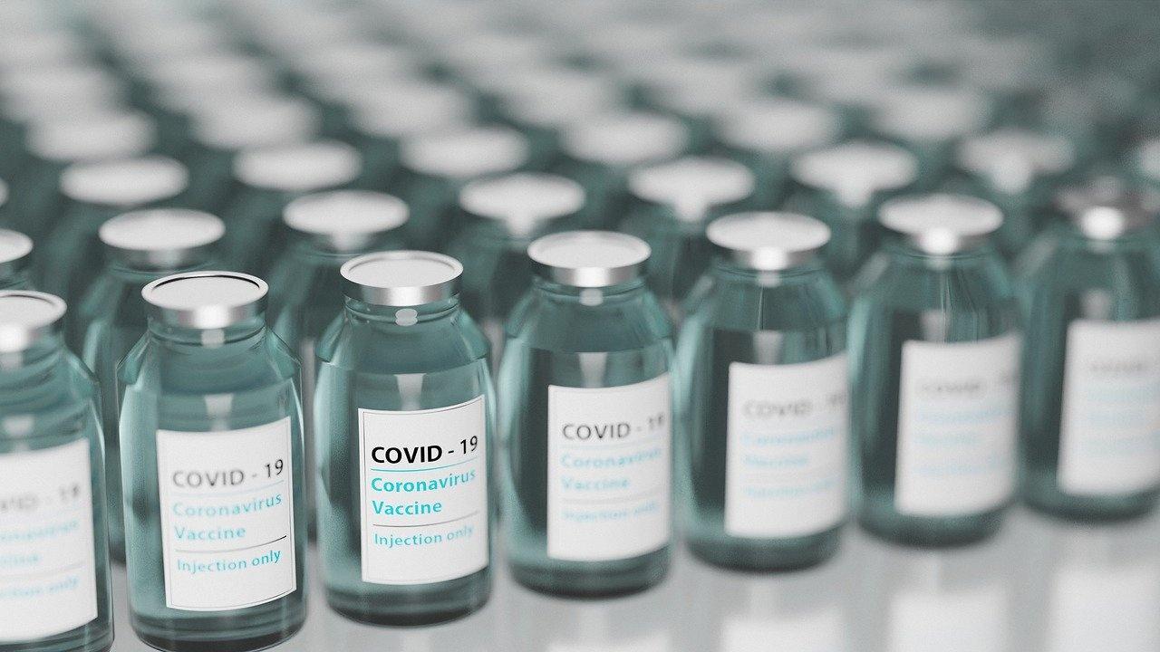 Република Южна Африка започна имунизационната кампания