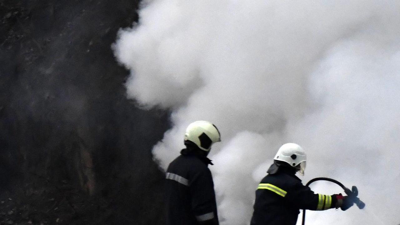 Спасиха 15-годишно момиче от задушаване при пожар в Горна Оряховица