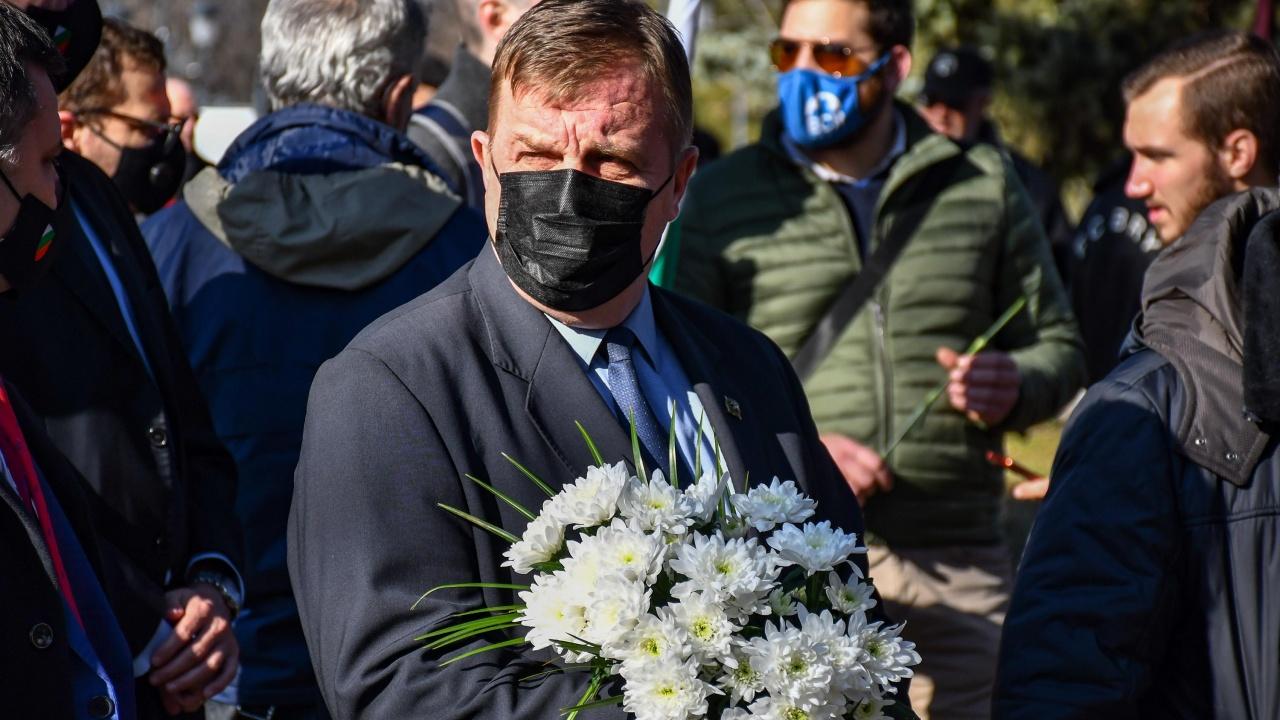 Каракачанов: Обяснете ми как политици, които се мразят, ще постигнат консенсус?