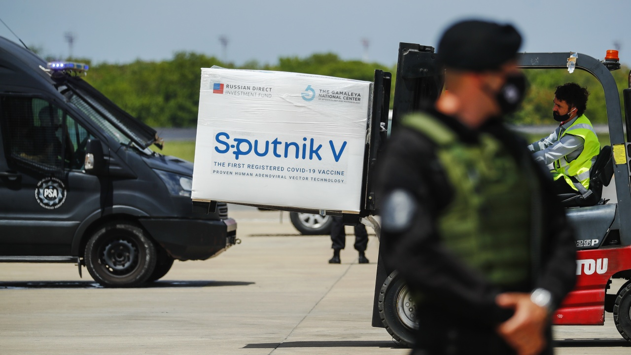 """В Русия: Международният интерес към """"Спутник V"""" е наистина огромен"""