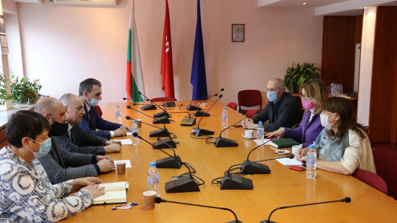 Депутати от БСП се срещнаха с представители на Българската болнична асоциация