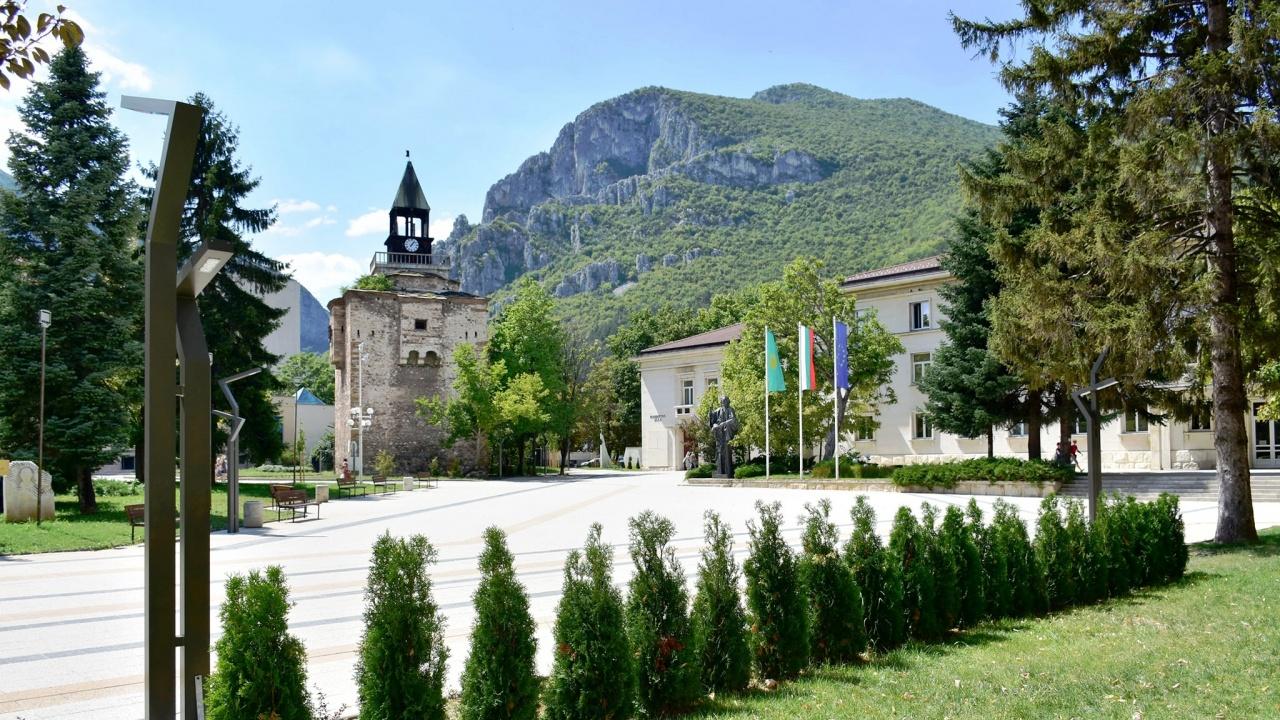 След смъртта в София: Враца погва павилионите